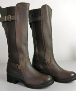Stivali in pelle alti con fibbia taupe