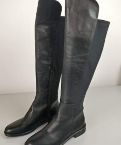 Stivali in pelle ed elasticizzati colore nero